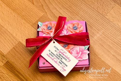 florale Mini-Pizzaschachtel mit Mohnblumen